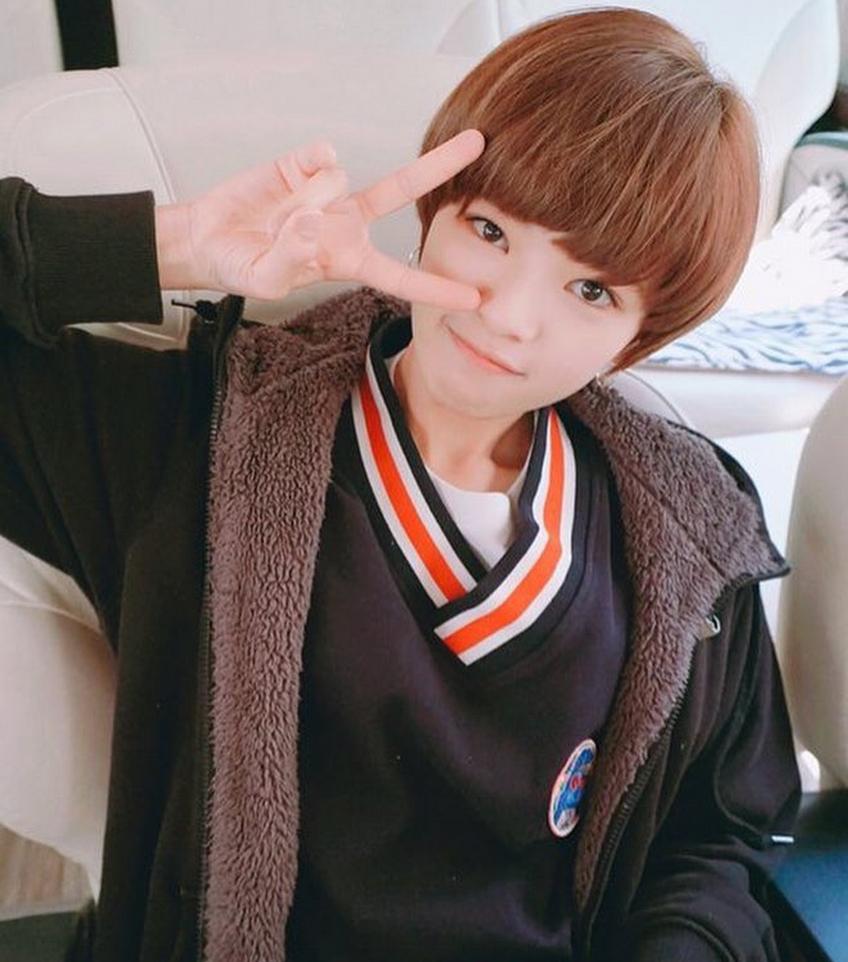 twice-jeongyeon-20160516