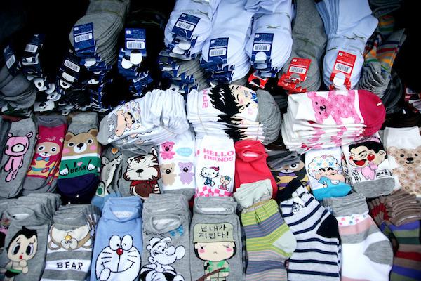 バラエティ豊かな韓国の靴下