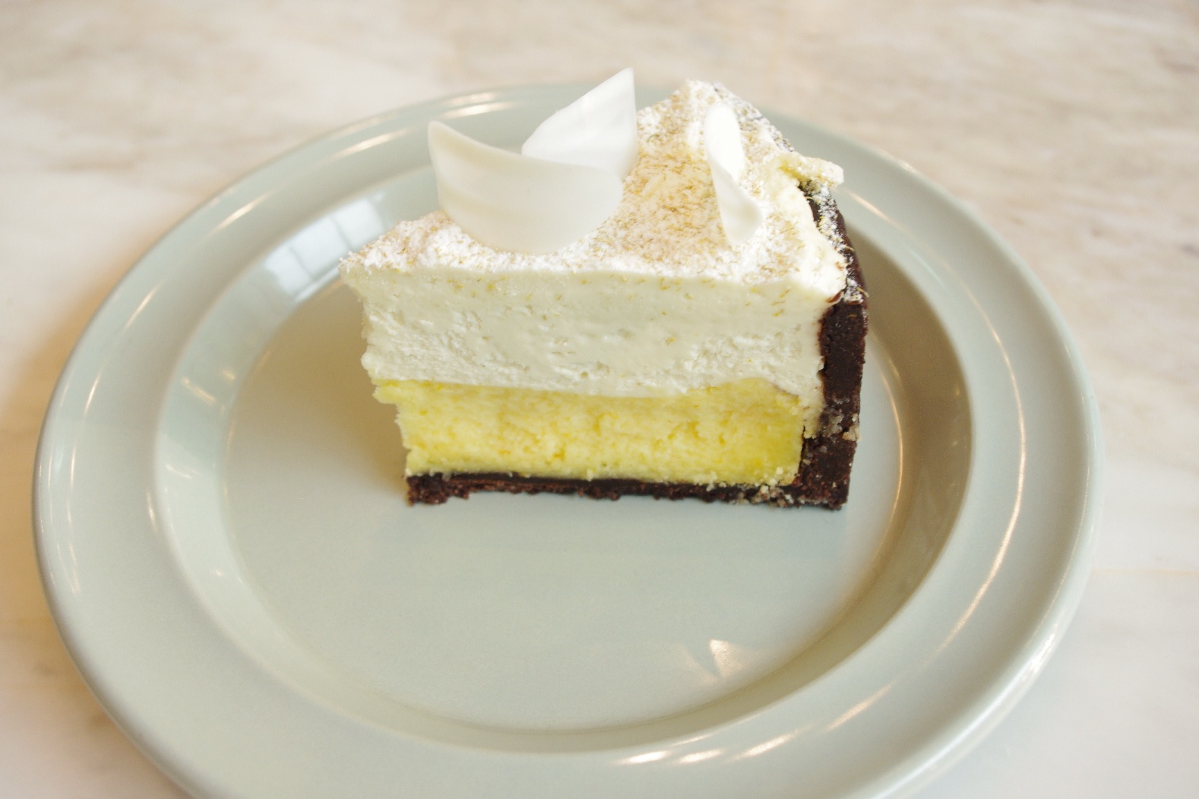 boverlounge-cream-cheese-mousse-cake