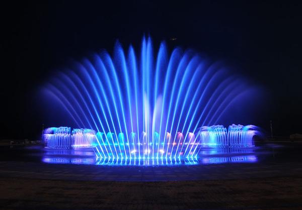 ダデポ噴水ショー
