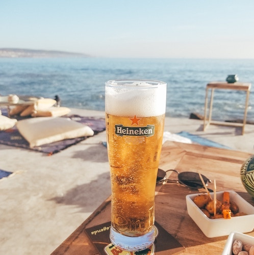 beer-and-sea