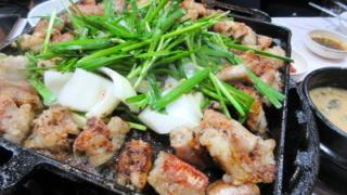 韓国料理のコプチャンってどこの部位?気になる臭いや美容効果も解説