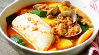韓国料理のスンドゥブチゲとキムチチゲの違いは?太るって本当?